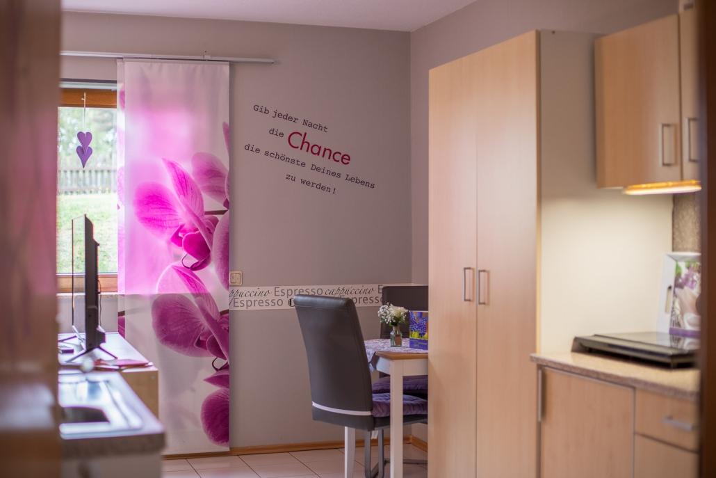 Komplett ausgestattete Küche in der Ferienwohnung / Appartement im Landhaus HEIMISCH / Haus Bärbel