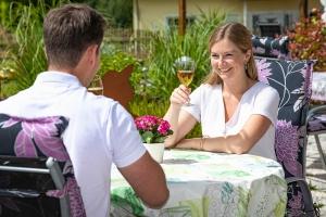 Der Biergarten an der Königsfeldschleife im Landhaus HEIMISCH