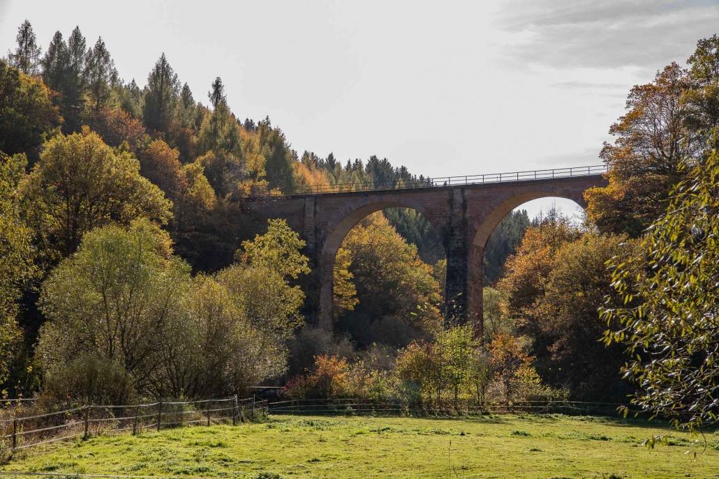 Das Viadukt bei Geisfeld