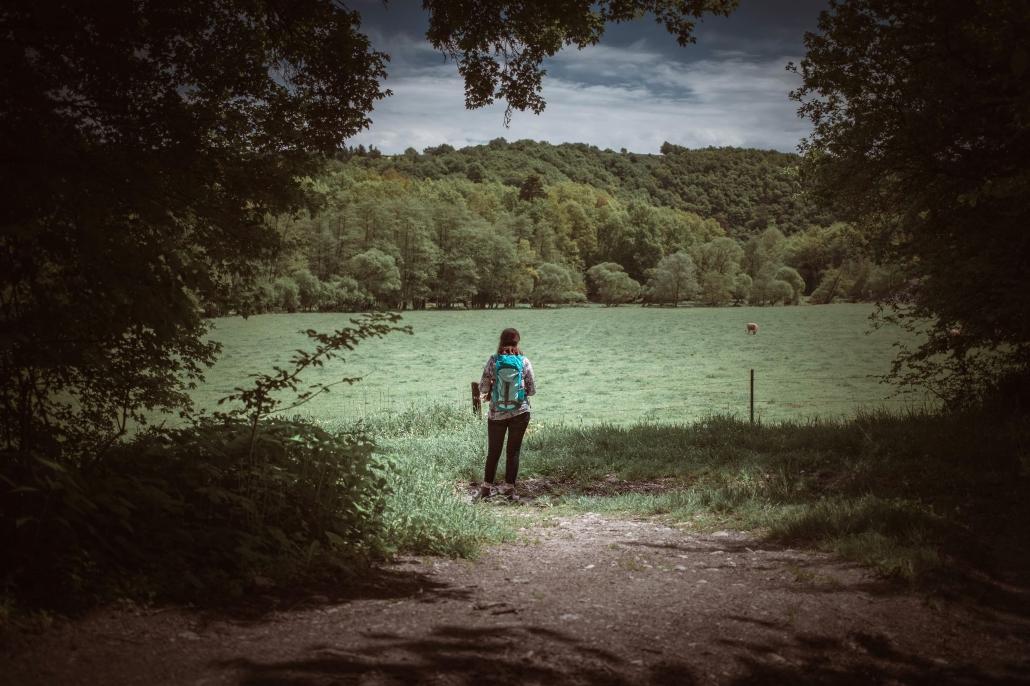 """Die Ruhe und Weite des Hunsrücks erfährt man am besten auf den zahlreichen Premiumwanderwegen """"Traumpfaden"""" - Das Landhaus HEIMISCH ist ein idealer Ausgangspunkt dafür"""