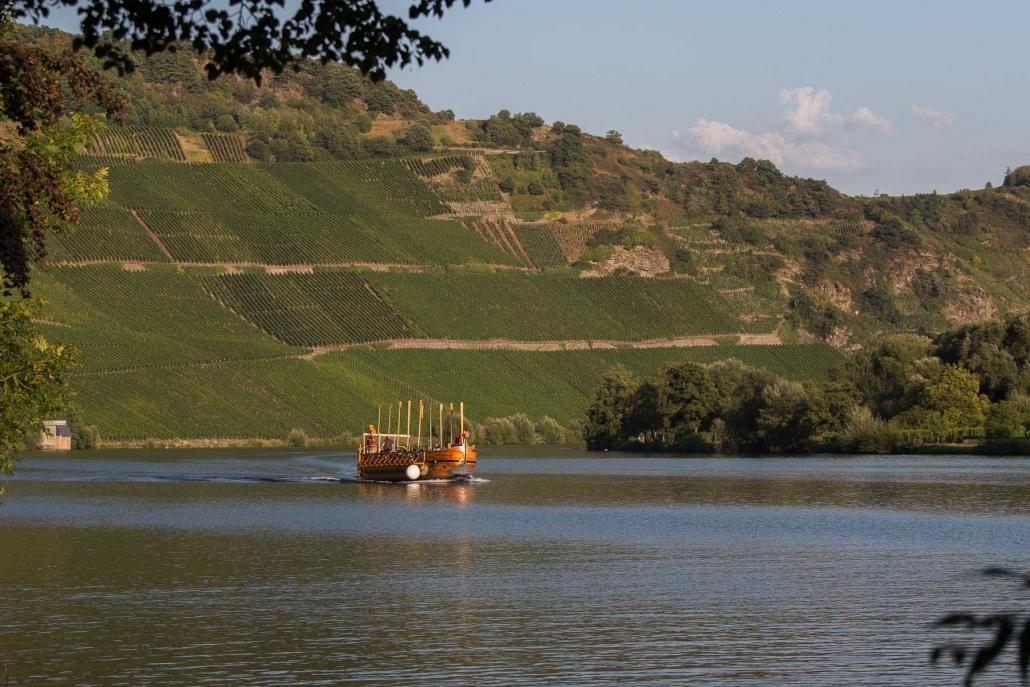 Mit dem Weinschiff auf der Mosel - Neumagen-Dhron
