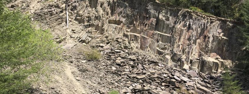 """Der Steinbruch """"Vogelsberg"""" auf der Traumschleife - Schiefer-Wackenweg"""